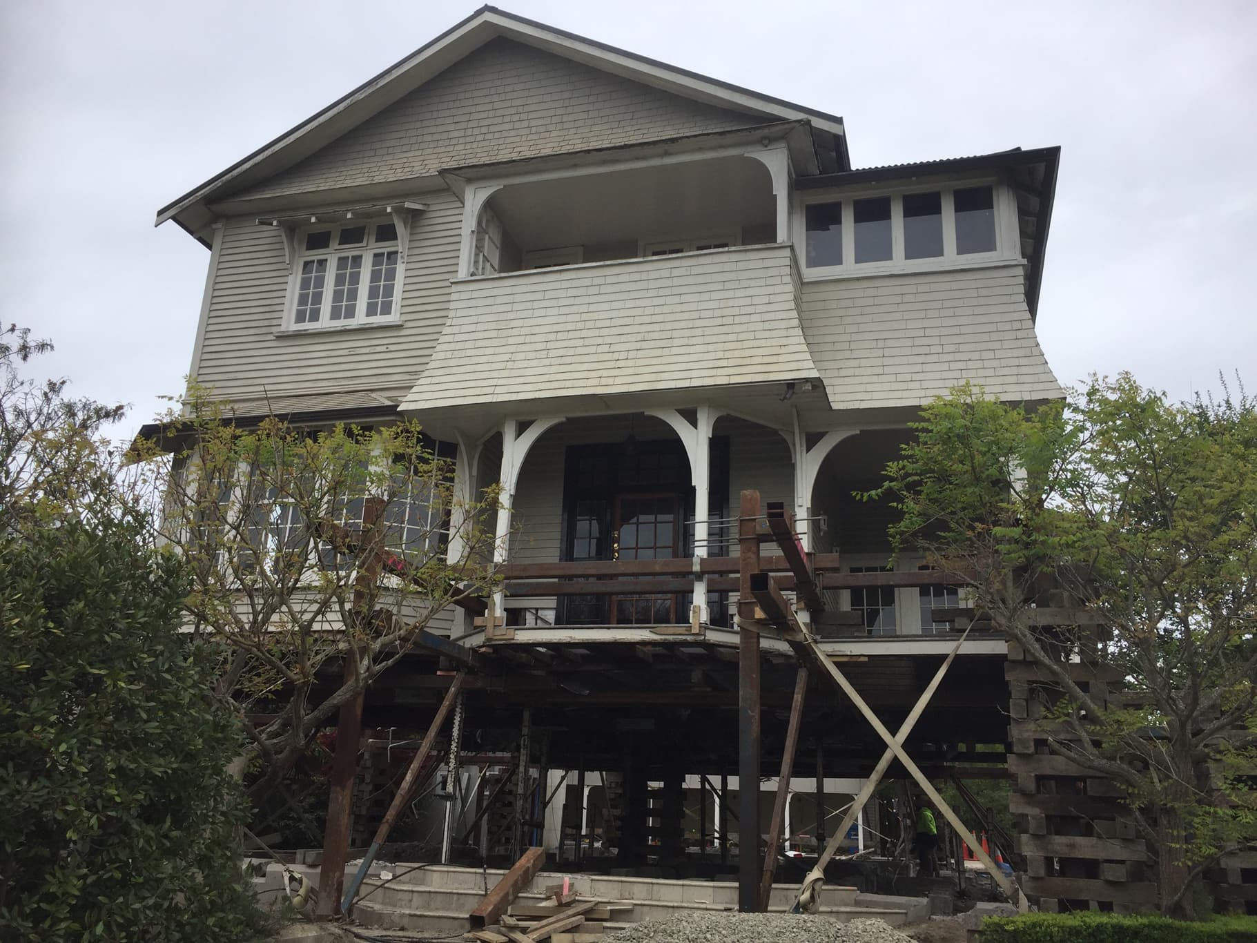 Herritage House Relevellers use the best house lifting methods for their house lifting service in Christchurch